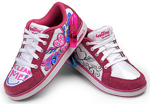 Graffeeti Write-On Wipe-Off Flying Heart Pink Girls Sneakers